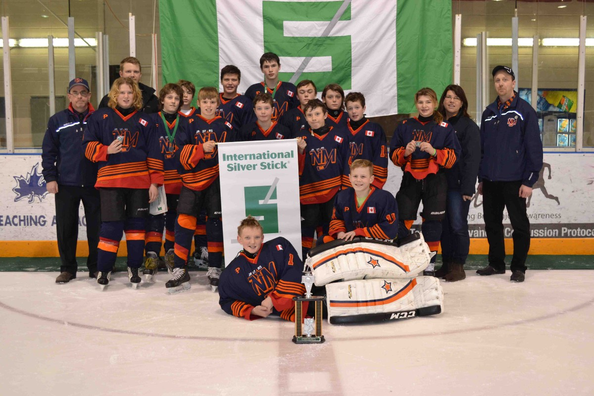 2015-2016_PeeWee_International_Silver_stick_Finalists.jpg
